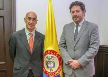 El viceministro de Desarrollo Rural, Javier Pérez Burgos, en reunión con Jesús Quintana, Jefe de la Oficina Subregional para Países Andinos y del Cono Sur del Fondo Internacional de Desarrollo Agrícola (FIDA). Foto: MADR